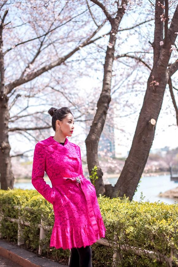 Hoa hậu Hà Kiều Anh trẻ trung, khoe dáng thon gọn ở Hàn Quốc-7