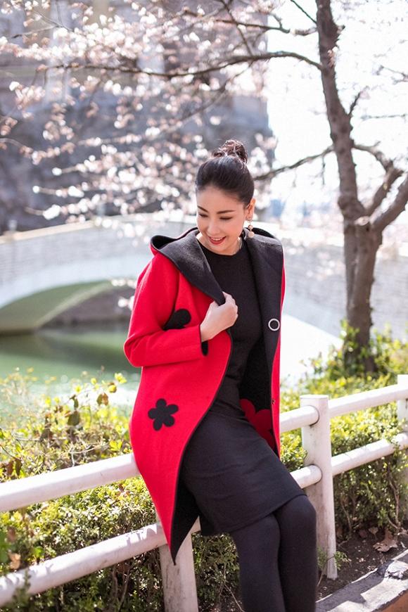 Hoa hậu Hà Kiều Anh trẻ trung, khoe dáng thon gọn ở Hàn Quốc-12