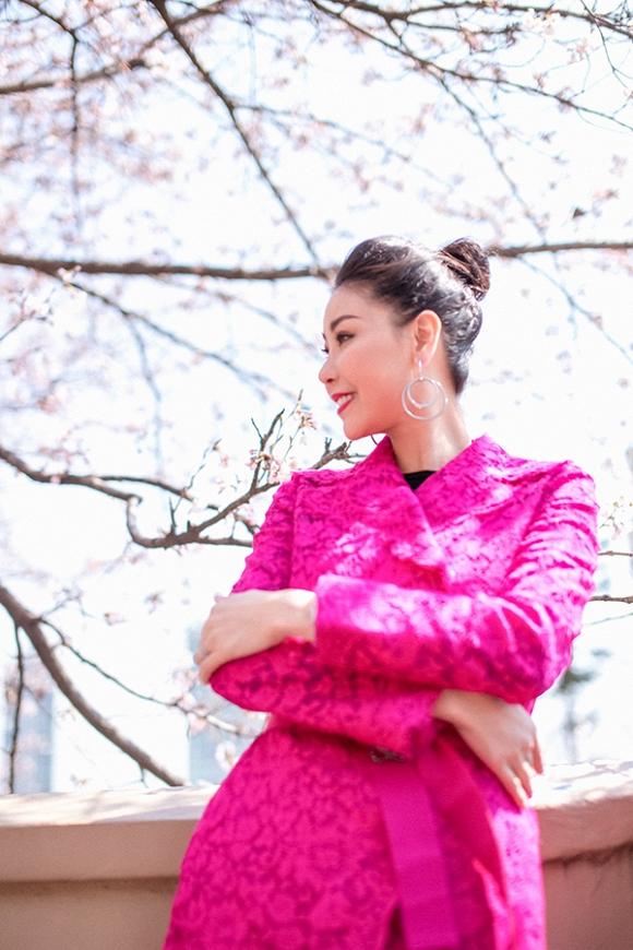 Hoa hậu Hà Kiều Anh trẻ trung, khoe dáng thon gọn ở Hàn Quốc-9