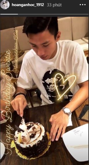 Tiến Dũng, Quang Hải và dàn cầu thủ mừng sinh nhật tuổi 20 của Văn Hậu-2