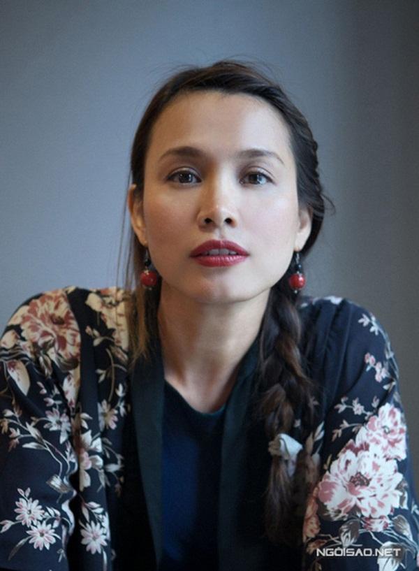 Hoa hậu Ngọc Khánh: Sau những cuộc tình lầm lạc đã chọn cuộc sống nông thôn, trồng cây nhặt cỏ bên người chồng ngoại quốc-1