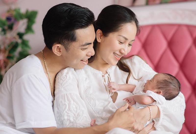 Hình ảnh xinh xắn của con gái Khánh Thi khiến ai cũng ngỡ ngàng-10