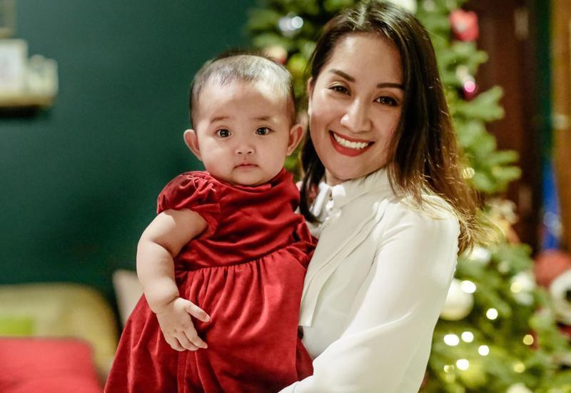 Hình ảnh xinh xắn của con gái Khánh Thi khiến ai cũng ngỡ ngàng-14