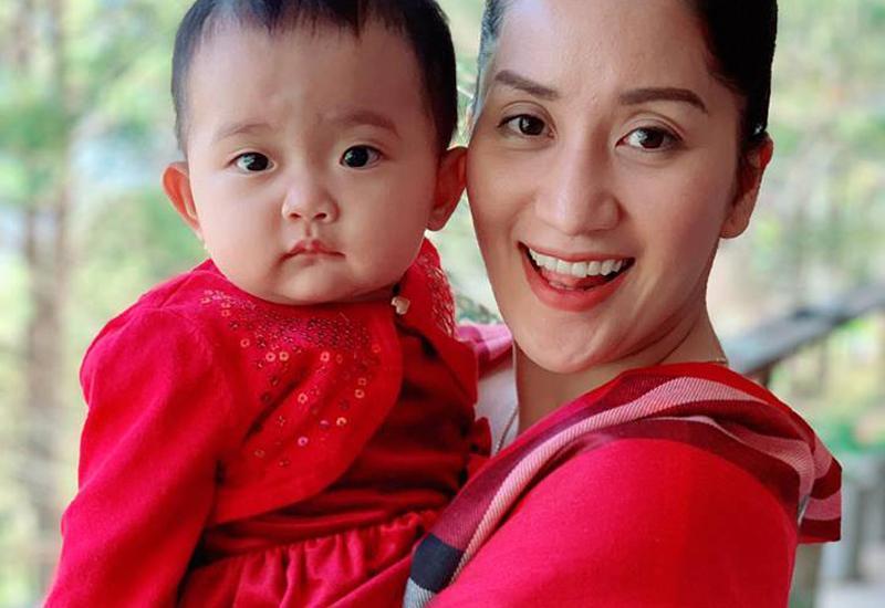Hình ảnh xinh xắn của con gái Khánh Thi khiến ai cũng ngỡ ngàng-15