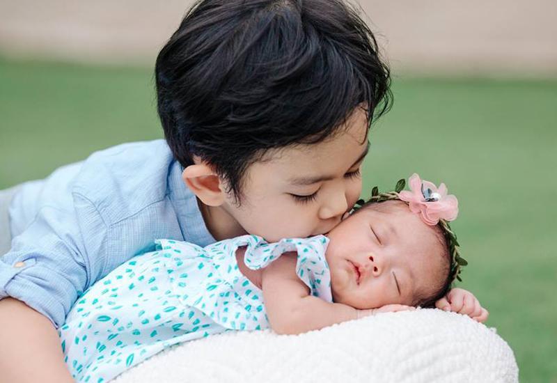 Hình ảnh xinh xắn của con gái Khánh Thi khiến ai cũng ngỡ ngàng-17