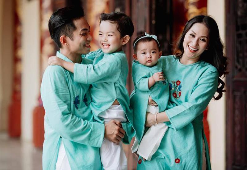 Hình ảnh xinh xắn của con gái Khánh Thi khiến ai cũng ngỡ ngàng-19