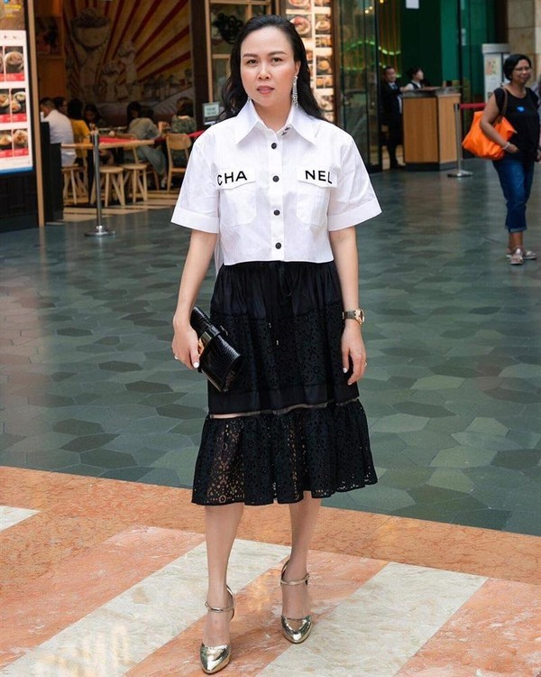 Phượng Chanel đụng hàng áo 50 triệu đồng với con gái Cindy Crawford-2