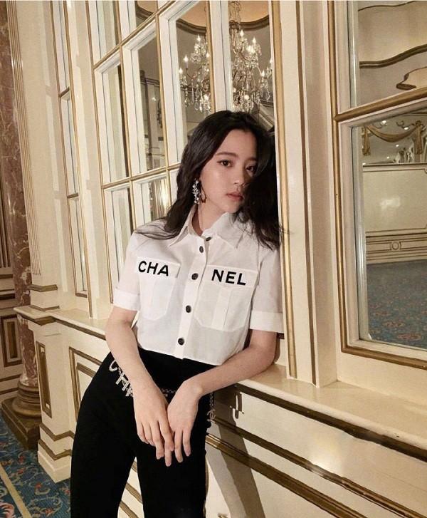 Phượng Chanel đụng hàng áo 50 triệu đồng với con gái Cindy Crawford-8