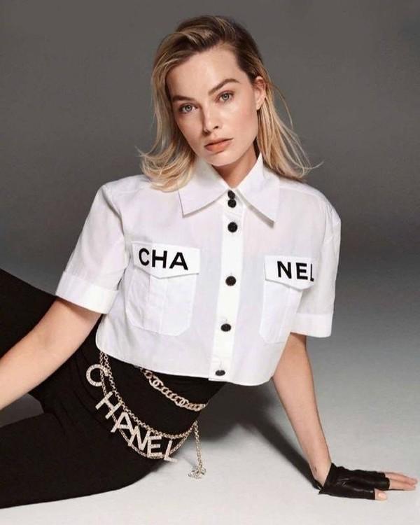 Phượng Chanel đụng hàng áo 50 triệu đồng với con gái Cindy Crawford-9