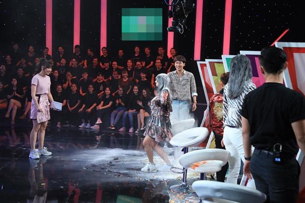 Em gái Hari Won lên truyền hình nhưng nhan sắc một trời một vực với chị gái mới là điều đáng nói-9