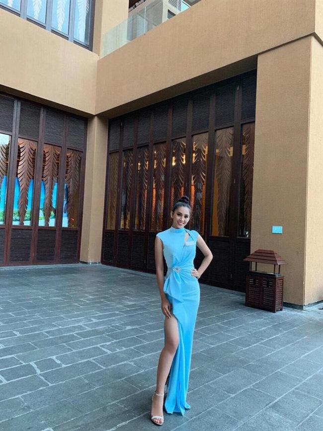 19 tuổi, Hoa hậu Tiểu Vy ngày càng chuộng phong cách gợi cảm-10