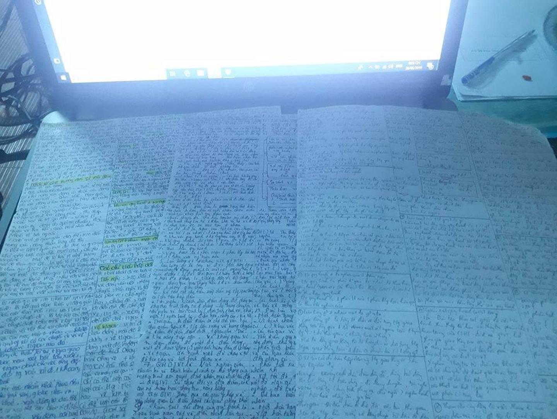 Giáo viên cho mang 1 tờ giấy ghi kiến thức vào phòng thi, sinh viên chép sương sương cũng được cả quyển sách!-3