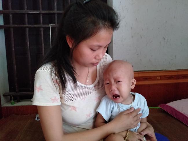 """Điều ước trong nước mắt của bé trai mắc bệnh hiểm nghèo, gần 3 tuổi vẫn chưa biết đi: Cháu muốn về với mẹ, với em""""-8"""
