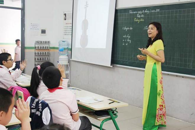 Thêm một bài thơ trách nhẹ phụ huynh đừng đổ hết lên đầu thầy cô, đừng coi thường nghề giáo-1