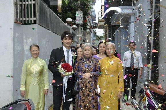 Bảo Ngậu của Người phán xử lần hé lộ ảnh đám cưới và màn vượt rào cướp dâu 6 năm trước-4