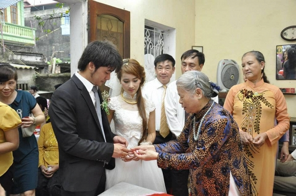 Bảo Ngậu của Người phán xử lần hé lộ ảnh đám cưới và màn vượt rào cướp dâu 6 năm trước-2