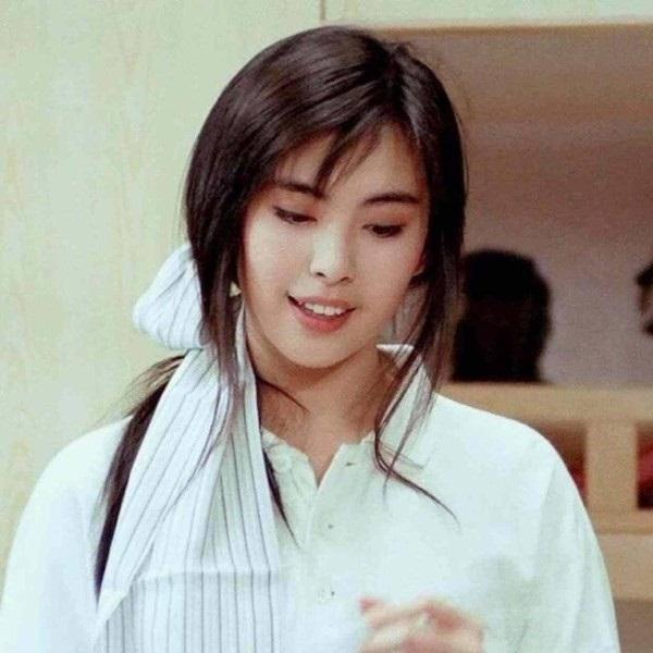 Bức ảnh chụp Ngọc nữ số 1 Hong Kong Vương Tổ Hiền lúc ốm nặng bất ngờ gây sốt vì quá tuyệt sắc-5