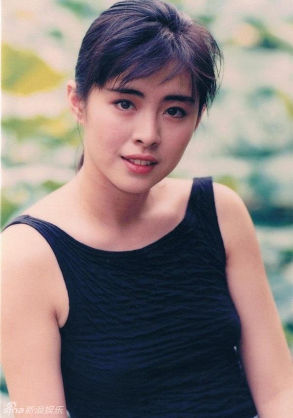 Bức ảnh chụp Ngọc nữ số 1 Hong Kong Vương Tổ Hiền lúc ốm nặng bất ngờ gây sốt vì quá tuyệt sắc-6