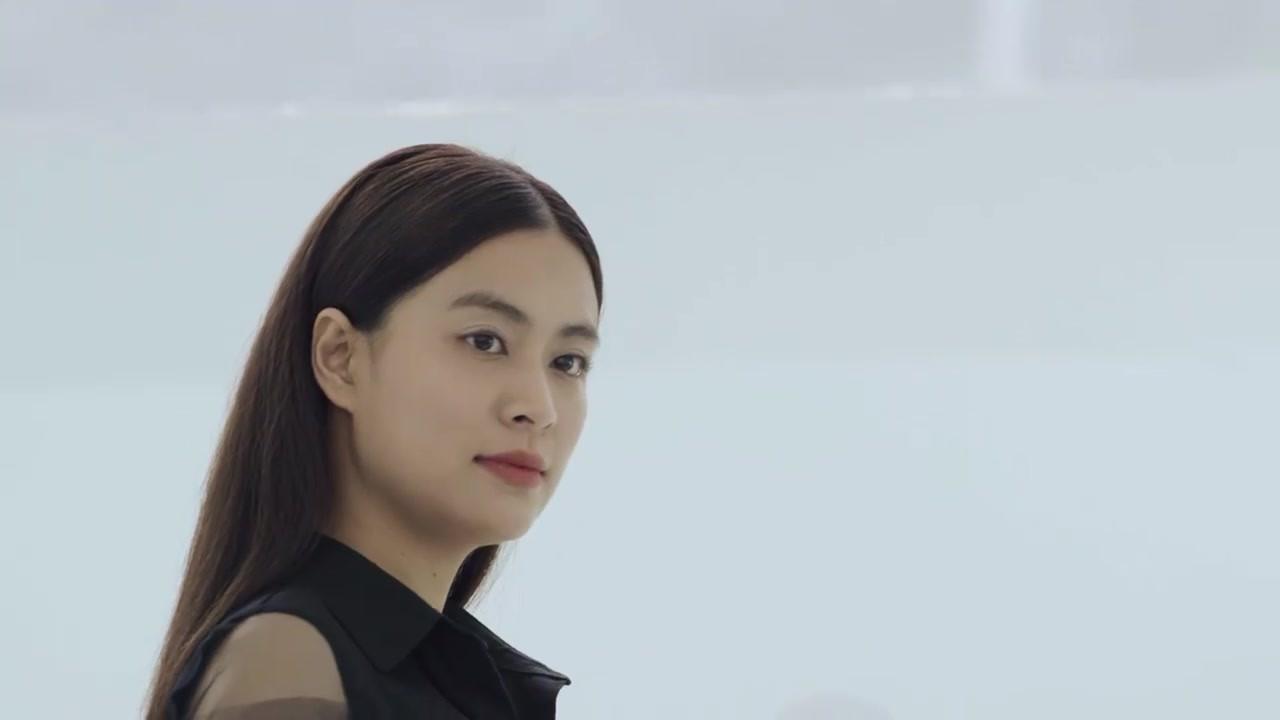 Hoàng Thuỳ Linh quê độ vì tưởng được cầu hôn trong Mê Cung, ai ngờ hôn phu bỏ chạy theo trai lạ-1