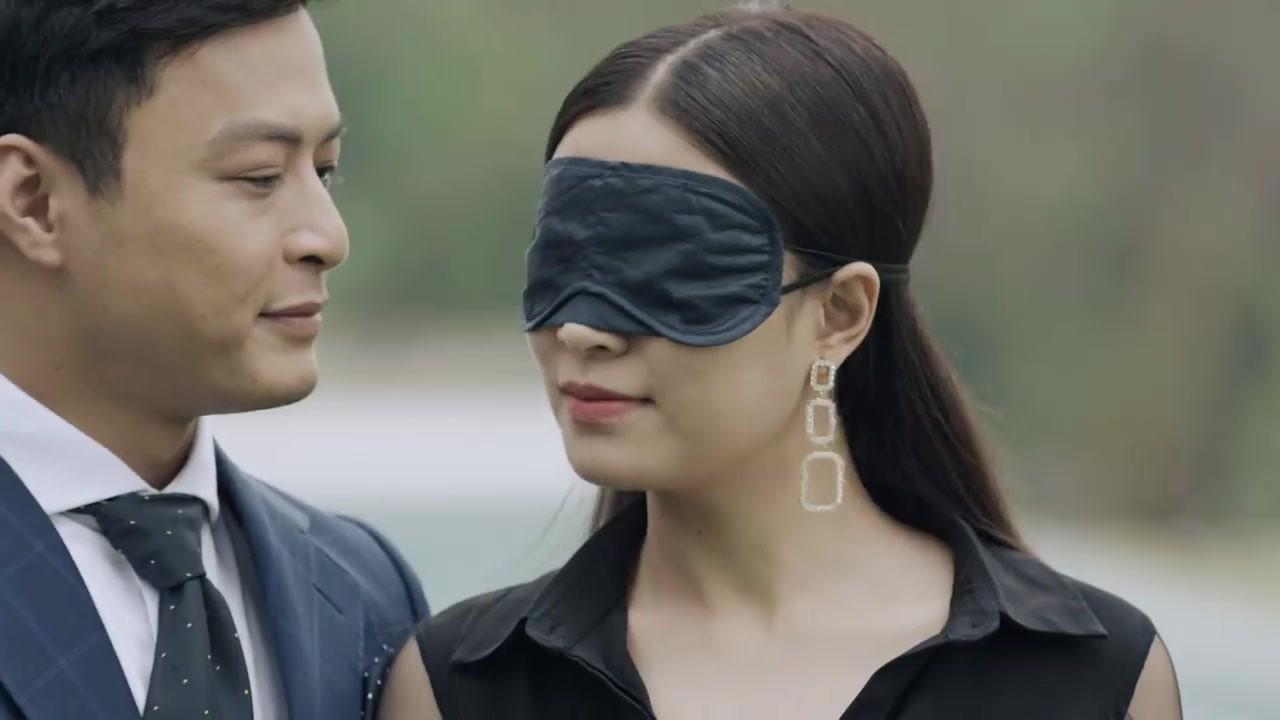 Hoàng Thuỳ Linh quê độ vì tưởng được cầu hôn trong Mê Cung, ai ngờ hôn phu bỏ chạy theo trai lạ-8