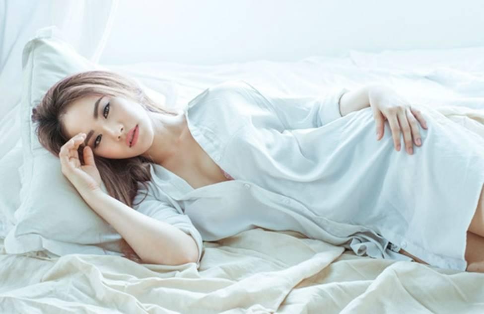 Sau 4 năm chia tay Khánh Đơn, Lương Bích Hữu lột xác ngày càng sexy-15