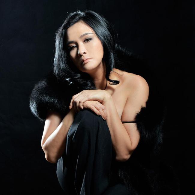 Đường hôn nhân của 4 Diva Việt: Người xấu lạ yên ổn với cuộc hôn nhân duy nhất, người hồng nhan thì lận đận truân chuyên-4