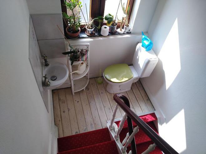 20 thiết kế nhà vệ sinh thảm họa khiến dân mạng thủ thỉ: Thôi, thà nhịn còn hơn-15