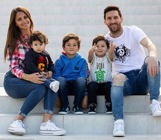 Bức ảnh tình yêu định mệnh từ khi Messi mới 10 tuổi-3
