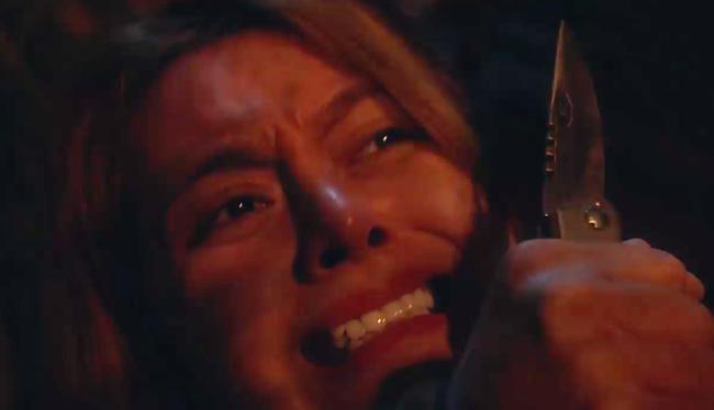 Phim của Hoàng Thùy Linh gây sốc với cảnh tên biến thái tấn công tình dục gái trẻ đi đêm-4
