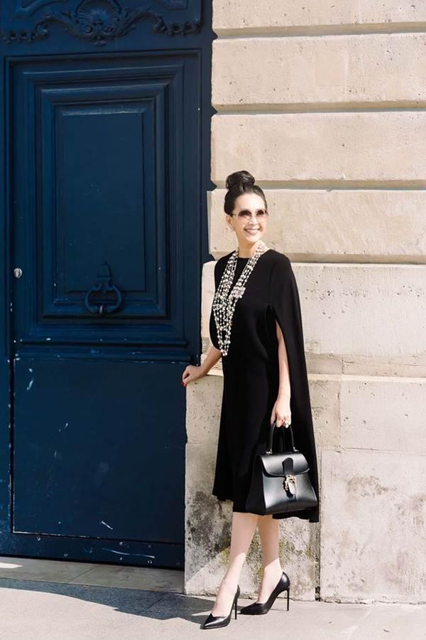 Diễm My 6X nổi bật với loạt túi hiệu tiền tỷ trên đường phố Paris-5