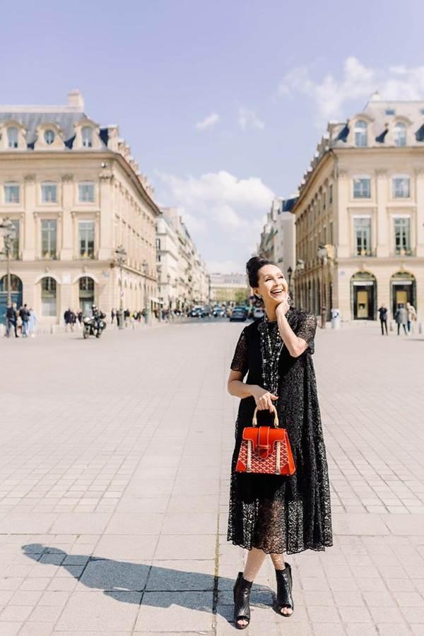 Diễm My 6X nổi bật với loạt túi hiệu tiền tỷ trên đường phố Paris-10