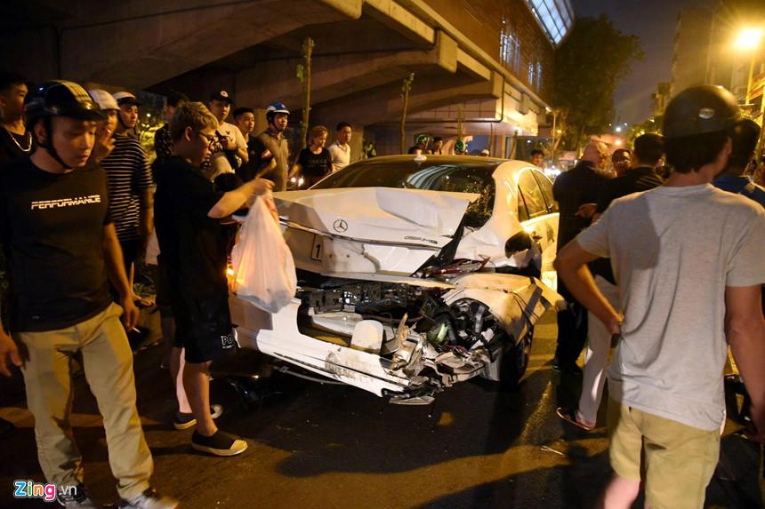 Nữ chủ nhân chiếc Mercedes S400 kể lại đêm kinh hoàng trên đường Láng-1