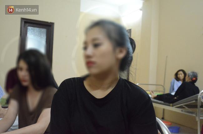 Hai cô gái tham gia vụ rạch mặt khiến thiếu nữ 18 tuổi phải khâu 60 mũi: Mong giải quyết nhẹ nhàng, không can thiệp pháp luật-3