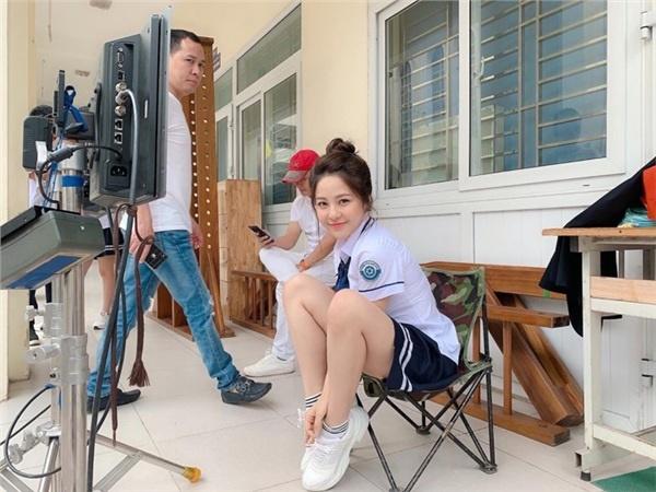 Facebook hotgirl Trâm Anh tăng hơn 100k lượt follow, được cấp tick xanh chính chủ sau scandal bị nghi lộ clip nóng-5