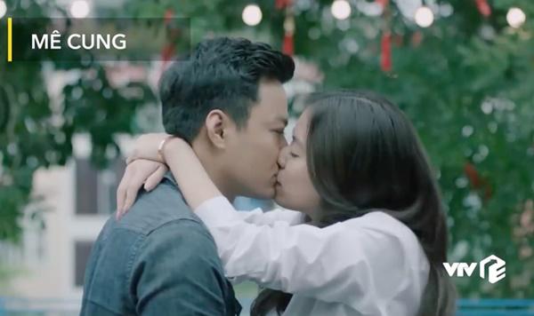 Hé lộ cảnh Hoàng Thùy Linh chủ động ôm ấp, hôn môi, gọi Hồng Đăng là người yêu-3
