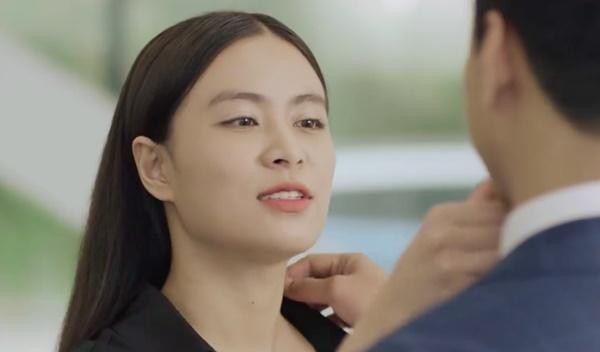 Hé lộ cảnh Hoàng Thùy Linh chủ động ôm ấp, hôn môi, gọi Hồng Đăng là người yêu-7