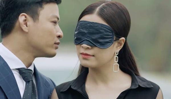 Hé lộ cảnh Hoàng Thùy Linh chủ động ôm ấp, hôn môi, gọi Hồng Đăng là người yêu-9