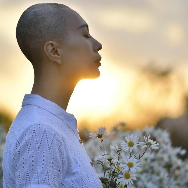 Sao Việt xót xa đau đớn trước thông tin người mẫu Như Hương qua đời ở tuổi 37 vì ung thư-1