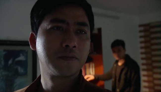 Phim của Hoàng Thùy Linh hé lộ về tên tội phạm cưỡng hiếp phụ nữ sưu tầm toàn ảnh đồi trụy-5