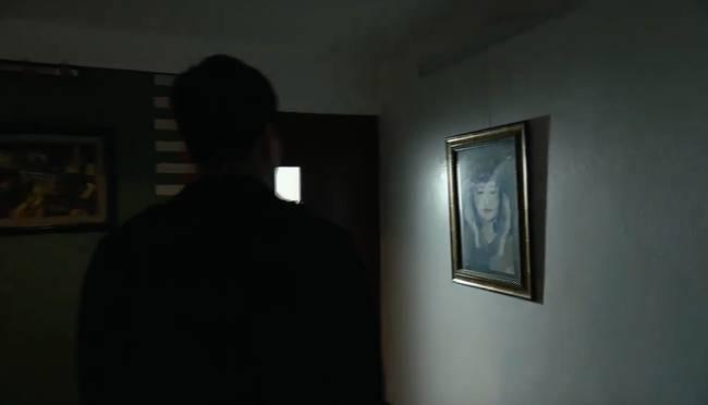 Phim của Hoàng Thùy Linh hé lộ về tên tội phạm cưỡng hiếp phụ nữ sưu tầm toàn ảnh đồi trụy-8
