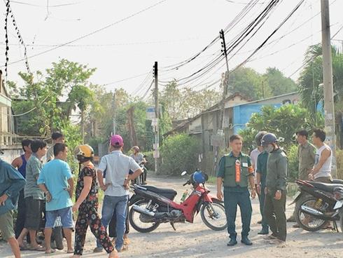 Vụ 3 người một nhà bị giết hại: Cửa các nhà hàng xóm cũng bị khóa ngoài trong phút định mệnh-2