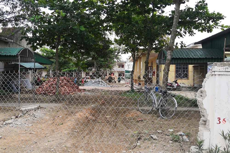 Bé gái lớp 2 nghi bị xâm hại ở Nghệ An: Giả chết để bảo toàn tính mạng-4