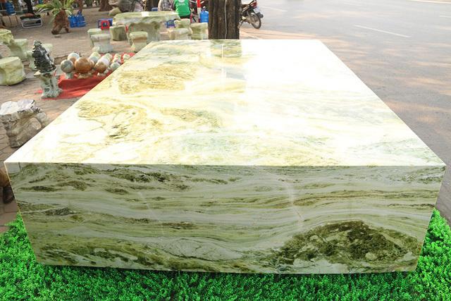 Sập ngọc nguyên khối nặng chục tấn: Đại gia bỏ tiền tỷ nằm mát lưng-9