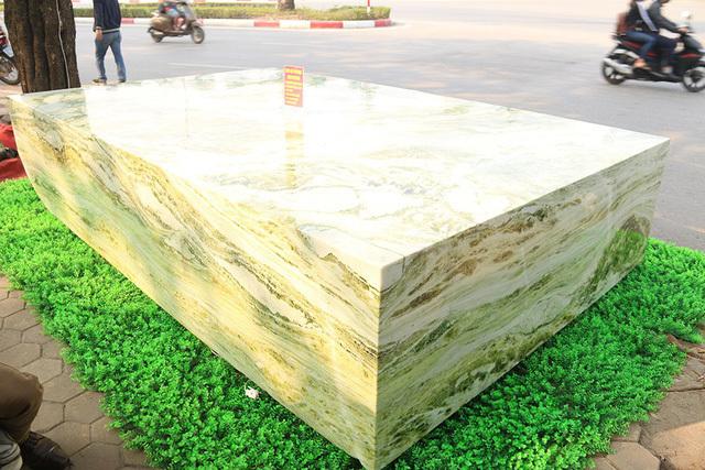 Sập ngọc nguyên khối nặng chục tấn: Đại gia bỏ tiền tỷ nằm mát lưng-11