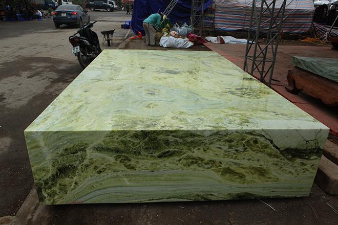 Sập ngọc nguyên khối nặng chục tấn: Đại gia bỏ tiền tỷ nằm mát lưng-13