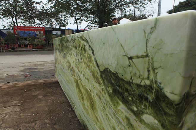 Sập ngọc nguyên khối nặng chục tấn: Đại gia bỏ tiền tỷ nằm mát lưng-15