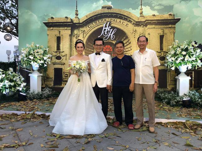 Toàn cảnh tiệc cưới kiểu một lần chơi lớn của NSND Trung Hiếu, biến đám cưới thành Đại hội Hội Nghệ sĩ sân khấu Việt Nam-19