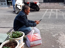 Câu chuyện chú xe ôm công nghệ bị khách bùng 300 nghìn tiền bánh sau khi ròng rã dưới nắng gắt Sài Gòn gây bức xúc