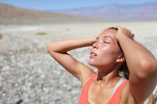 Bệnh nhân đột quỵ mỗi ngày tăng mạnh do nắng nóng: Chuyên gia khuyến cáo cần làm ngay điều này để cứu người bệnh-3