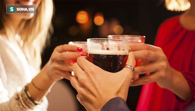 Lý do người sống lành mạnh không uống nước tăng lực: Bạn nên biết 5 tác hại trước khi uống-2